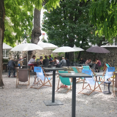 CAFÉ A - PARIS