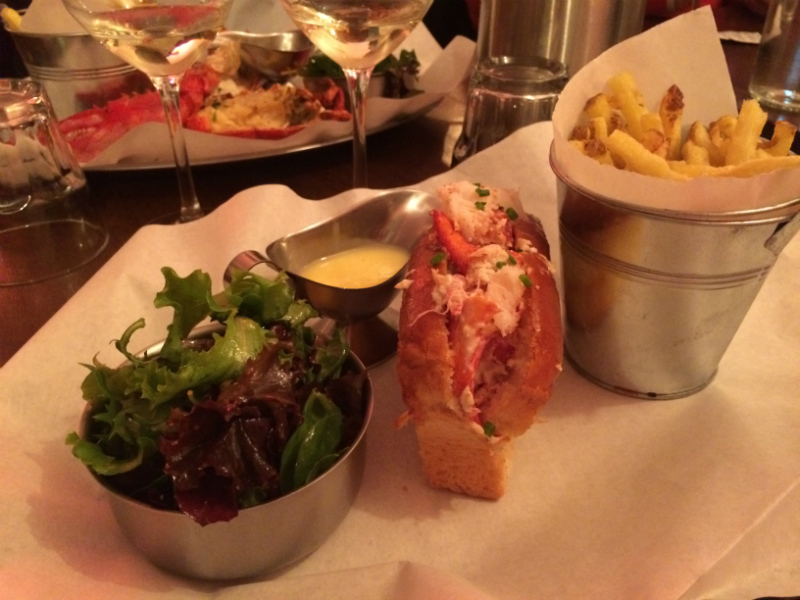 LES_PINCES_HOMARD_PARIS_RESTAURANT